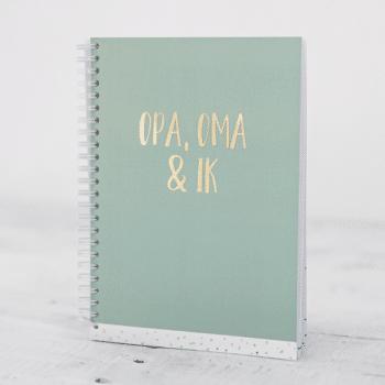 Invulboek Opa, oma en ik groen