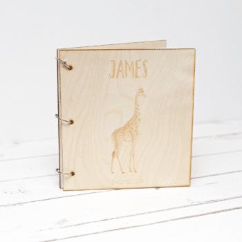 Babyboek giraffe met naam
