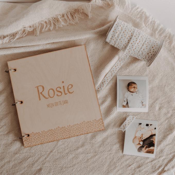 gepersonaliseerd babyboek leopard eerste jaar